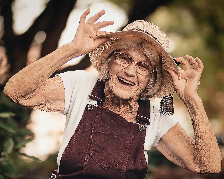 Pourquoi la santé buccodentaire des aînés est-elle si importante? - Centre Dentaire Beauport
